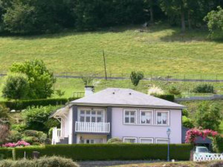 Maison du propriétaire, cadre de verdure