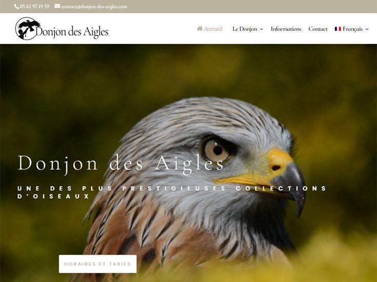 Le Donjon des Aigles, spectacle animalier familial à Beaucens